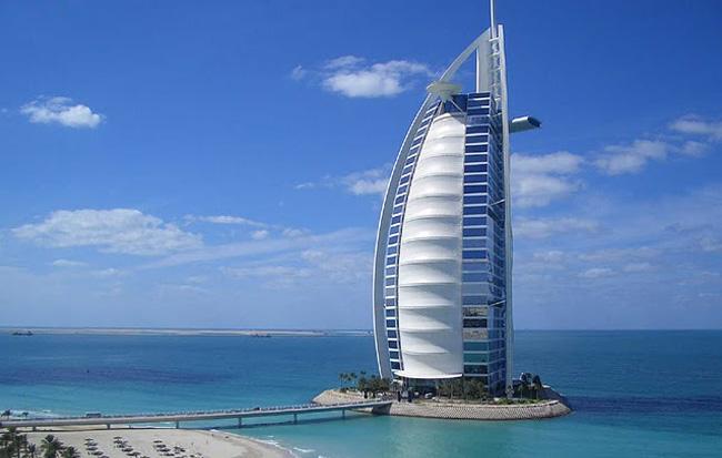 MOST ORIGINAL HOTEL Se pensate che una vacanza avventurosa preveda ... d4641b69b0b